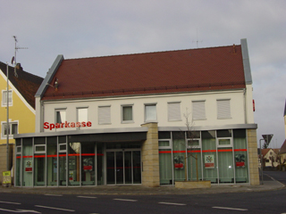 Sparkasse Forchheim com.sfp.sparkasse.core.services.filialfinder.xml.FiFiObjectType@1fdd46bc Forth